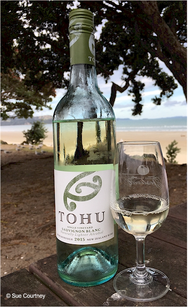 Tohu Lighter Sauv Blanc 2015